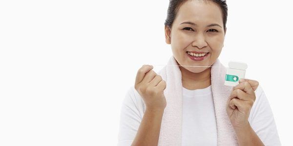 Pro Flossing Tips <br><span class='secondtitle'>Advice from your Dentist in San Marcos TX</span>